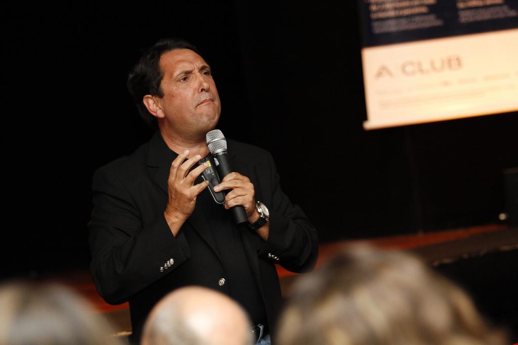 Carlos Alberto Júlio - Considerado um dos melhores palestrantes brasileiros